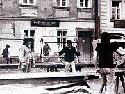 Výstava fotografií Petra Našice (1964) dokumentující natáčení filmu AMADEUS Miloše Formana v Praze