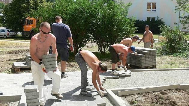 Úpravy na sídlišti Oskol