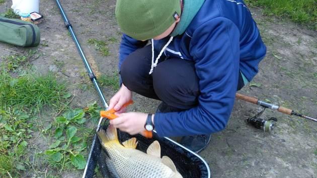 Soutěž v rybolovu vyhrál Michal Pavelec.