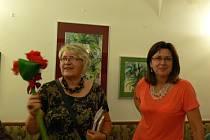 V kroměřížském Radničním sklípku se ve středu 12.9. uskutečnila vernisáž obrazů Věry Tesáčkové. Autorka představila akvarely inspirované přírodou. Výstava bude k vidění až do listopadu.
