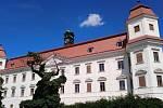 Holešovský zámek.