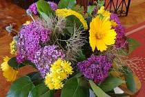 Květinová výzdoba ke slavnostnímu podpisu memoranda o spolupráci při péči o Podzámeckou zahradu.