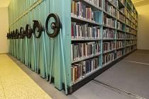 Prázdninové knihovničky lákají ke čtení.