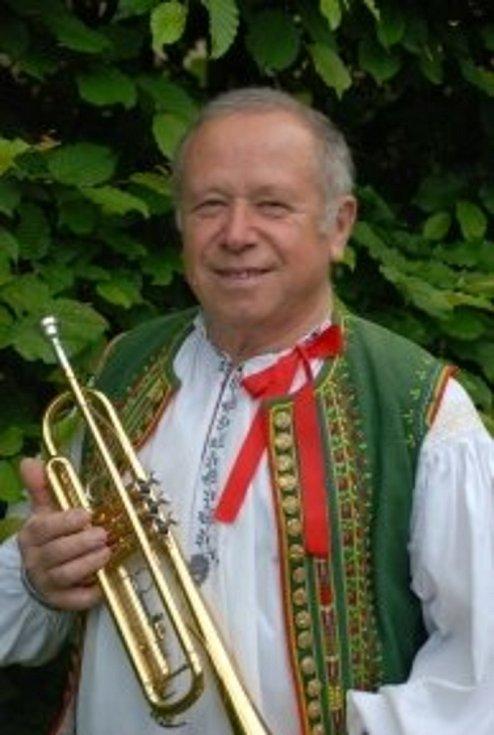 Ve Zdounečance hrál Josef Mítek více než 50 let.