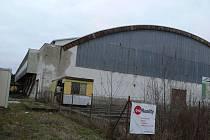 Plavecký bazén i zimní stadion v Kroměříži by potřebovaly opravu, do které je třeba investovat na zhruba padesát milionů korun.