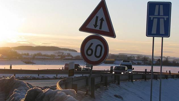 Zhruba dvoukilometrový dálniční obchvat Kroměříže je už zpoplatněný
