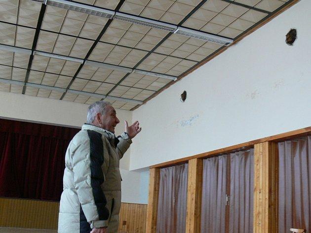 Starosta Slavkova pod Hostýnem Jan Mikšík společně se zastupiteli letos plánuje rozsáhlou rekonstrukci obecního a kulturního domu.