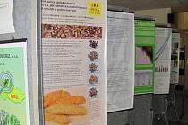 V Knihovně Kroměřížska prezentuje svou činnost Zemědělský výzkumný ústav Kroměříž.