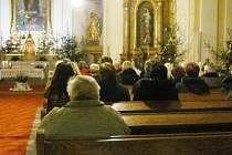 Půlnoční mše začala ve stříleckém kostele Nanebevzetí Panny Marie
