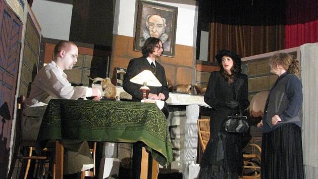 Morkovští ochotníci sehráli v Kvasicích, v sobotu 13. března 2010, divadelní představení nazvané Hrobka.