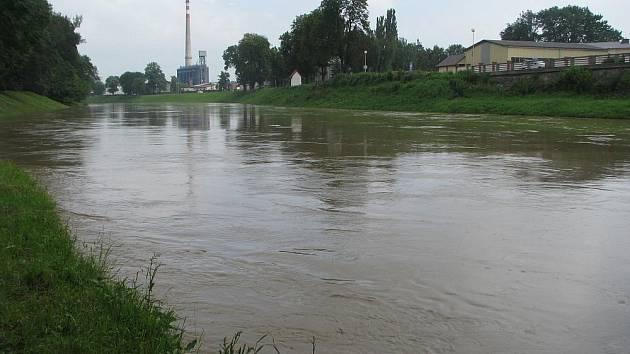 V Kroměříži byl ve čtvrtek před osmou hodinou ráno vyhlášen první stupeň povodňové aktivity.