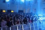 Zámecký party ples v Holešově nabídl Iné Kafe, Sebastiana, DJ Gomeze a další.
