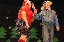 V sobotu 17. prosince 2011 se v kulturním domě v Ratajích uskutečnila Humoriáda aneb Pohádky, jak je neznáme ani my. Herci z Divadelního souboru DRAK parodovali Jáju a Páju, Karkulku, hloupého Honzu a Popelku.