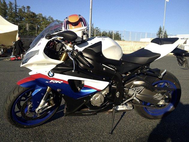 Sportovní motocykl značky BMW