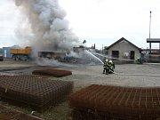 V sobotu odpoledne došlo k požáru dvou nákladních automobilů v obci Hlinsko pod Hostýnem