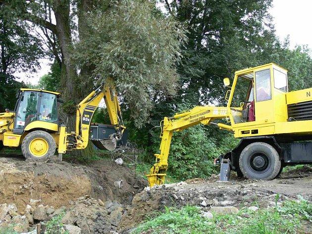 Oprav mostu v obci Lísky.