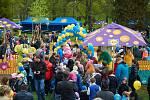 Děti z Holešova mají důvod k radosti: mohou se totiž těšit z nového Rákosníčkova hřiště, které si obyvatelé města vybojovali v hlasování společnosti Lidl. Stojí v Americkém parku a pro veřejnost bylo otevřeno minulou sobotu. FOTO: LIDL ČR