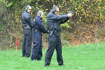 Dne 23.10.2008 se na střelnici Hvězda v Kroměříži konaly cvičné střelby strážníků Městské policie v Kroměříži.Nacvičují zde cca šestkrát až osmkrát za rok.