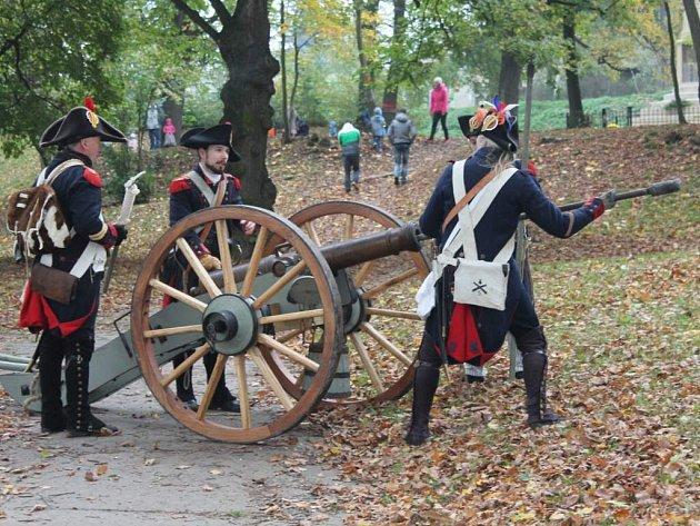 V Holešově v Americkém parku vzdali hold padlým vojákům při Napoleonově tažení