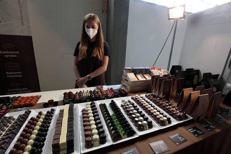 Čokoládovým pamlskům patřilo o víkendu výstaviště v Kroměříži, kde se od pátku až do neděle konal Čokoládový trh, doplněný zábavnými aktivitami pro děti i dospělé.