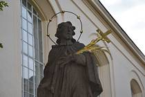 SOCHA OPĚT JAKO NOVÁ. Radnice dokončila restaurátorské práce na soše svatého Jana Nepomuckého.