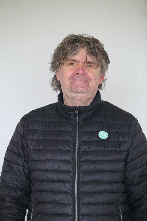 Staronovým předsedou Okresního fotbalového svazu Kroměříž se stal Libor Kopčil. Ve volbě porazil 25:17 vyzyvatele holešovského Milana Roubalíka.