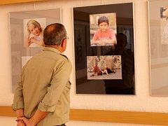 Fotograf Miroslav Pláňava vystavuje v kroměřížském domě kultury.