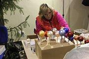 Výstaviště Floria Kroměříž připravila v poslední letošní výstavě pro své návštěvníky výstavu betlémů s prodejem vánočních ozdob, svařáků, vánočních punčů a mnoho dalšího.