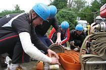 V Počenicích odstartovali v sobotu 22. května 2010 letošní sériií soutěží Podhostýnské hasičské ligy.