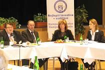 V kroměřížském Domě kultury se konal v pondělí 10. listopadu 2008 seminář, na kterém se sešli ředitelé středních škol. Ti byli seznámeni se záměrem zřídit kampus vysoké školy EPI v Kroměříži.