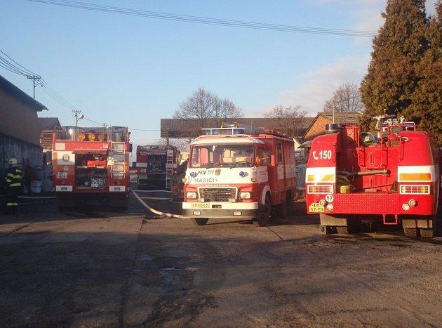 V zemědělském družstvu na Kroměřížsku hořela výrobna briket