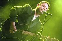 V Kroměříži zahrál a zazpíval ve čtvrtek 5. listopadu 2009 Petr Muk se svým bandem.