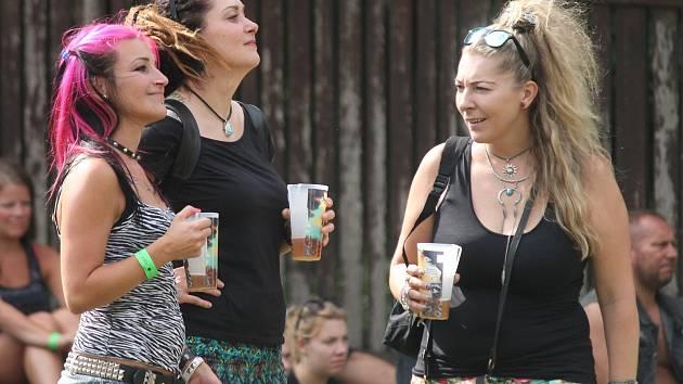 Pivní slavnosti v areálu na Kamínce u Roštína