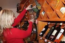 Ministerstvo zemědělství připravuje regulaci prodeje sudových vín.