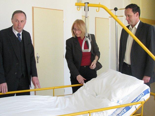 V kroměřížské nemocnici mají čtyřiadvacet nových postelí pro pacienty na chirurgickém oddělení.