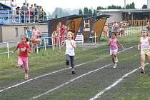 V Chropyni se ve sportovním areálu zúčastnili žáci ZŠ 26. 6. 2008 sportovní olympiády.