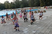 Koupaliště Bajda dostávají do pohybu taneční hodiny Marka Meluzína.