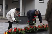 Představitelé města Kroměříže uctili 11. listopadu památku obětí světových válek.