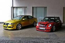Výstava sportovních a upravených aut. Ilustrační foto.