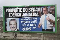 I v lednu 2011 se dá najít na Kroměřížsku billboardy, které vyzývají voliče k účasti u voleb, které se konaly v říjnu 2010.