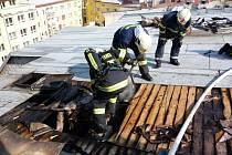 Náročný zásah ve ztížených podmínkách v Kroměříži