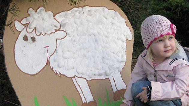 Kroměřížské Mateřské centrum Klubíčko Kroměříž připravilo pro děti ve středu 24. března 2010 hru Hledá se velikonoční zajíc.