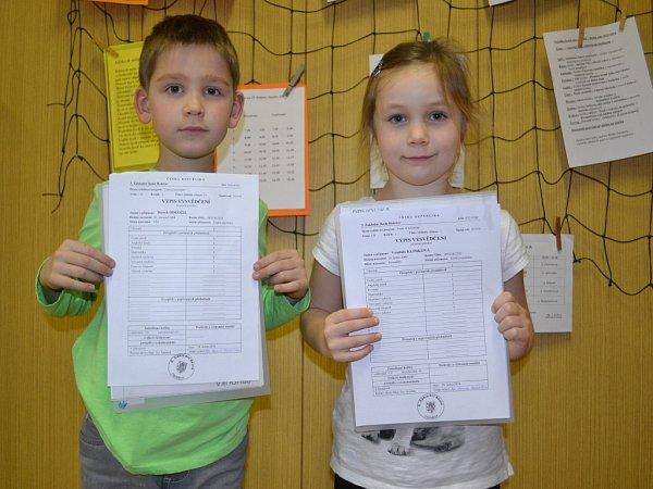 Základní škola Holešov. Pololetní vysvědčení si domů ve čtvrtek 28.ledna odnesli také žáci 3.Základní školy Holešov.