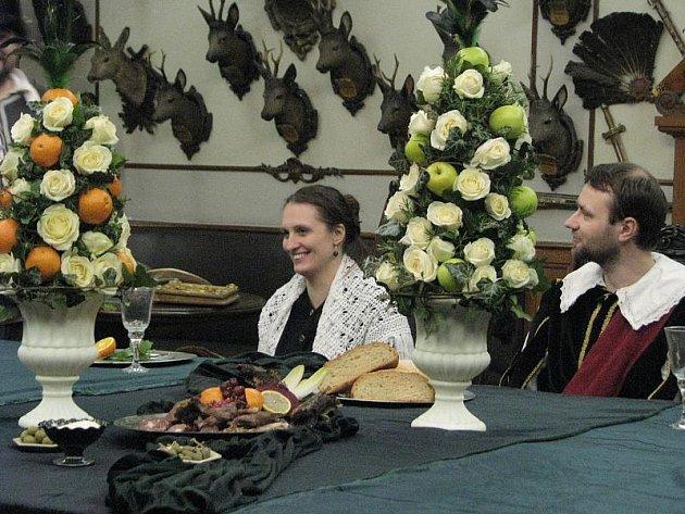 V kroměřížském Arcibiskupském zámku se v pátek 14. ledna 2011 konal Knížecí hon. Na snímcích je příprava slavnostní tabule zvěřinového menu podle historických receptur.