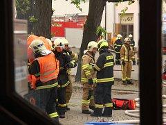 Cvičení hasičů na radnici v Bystřici pod Hostýnem.