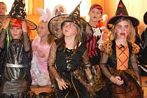 V úterý 1. listopadu 2011 se v kroměřížské Základní škole Zámoraví konal Halloweenský karneval.