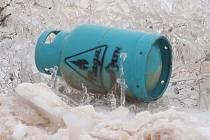 Výbuch propan-butanové láhve v koryčanské firmě zranil dva lidi.