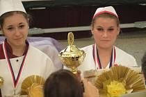 Lucie Veselá ze Střední školy hotelové a služeb v Kroměříži uspěla na prestižní soutěži v Jeseníku, stala se totiž její celkovou vítězkou.