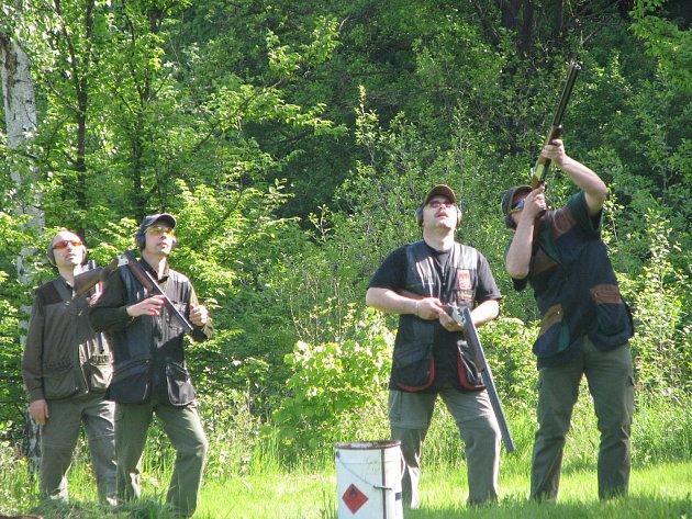 V Šelešovicích se 10. 5. 2008 konaly střelecké závody v brokovém trojboji.
