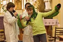 KOSáci odehráli 7. prosince 2019 v koryčanském kostele svatého Vavřince divadelní hru Lék na tisíc nemocí.